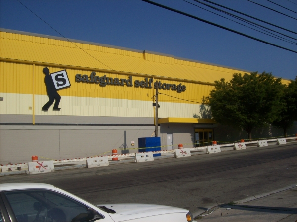 Safeguard Self Storage - Bronx - Bronx Blvd - Photo 9