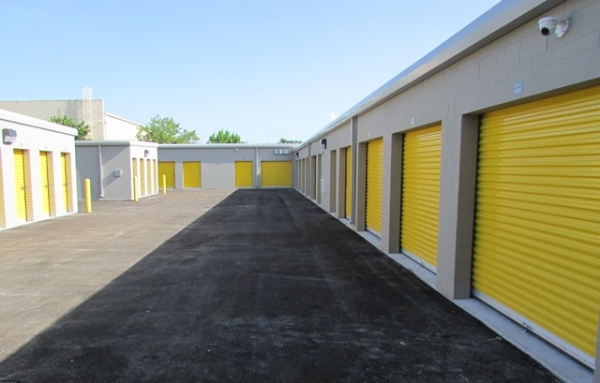 Safeguard Self Storage - Miami - Park Centre Blvd - Photo 6