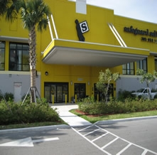 Safeguard Self Storage - Miami - 27th Ave - Photo 3