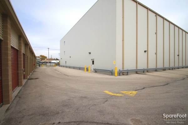 Safeguard Self Storage - McCook - Photo 6