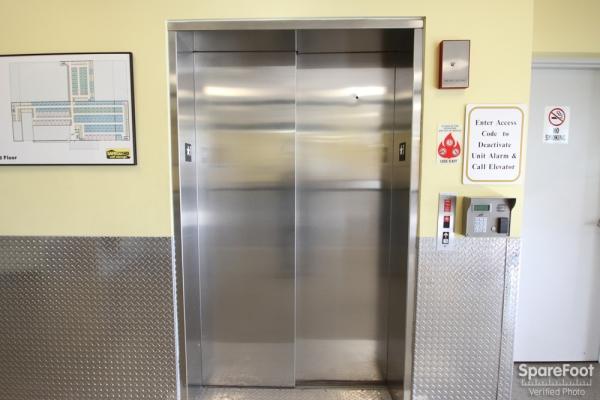 Safeguard Self Storage - Des Plaines - Mannheim Rd - Photo 8