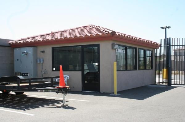 Another Garage - Photo 1