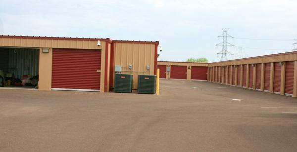 Another Garage - Photo 9