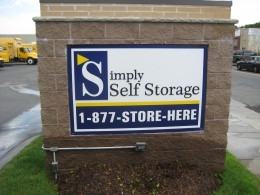 Simply Storage - Beacon Street - Photo 2