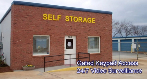 Centerville Self Storage - Houston Lake - Photo 1