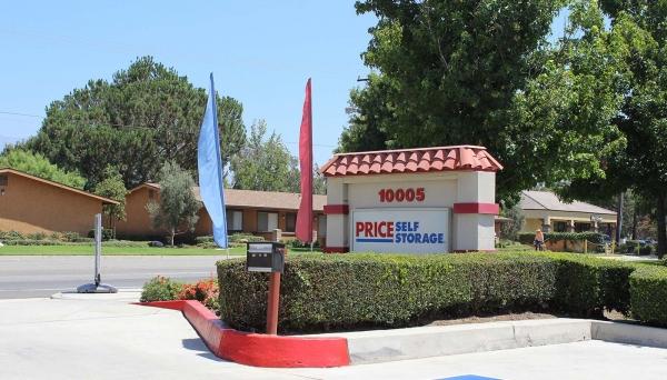 Price Self Storage Rancho Arrow - Photo 2