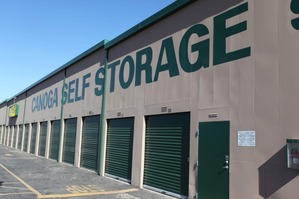 StorQuest Self Storage - Canoga Park - Photo 2