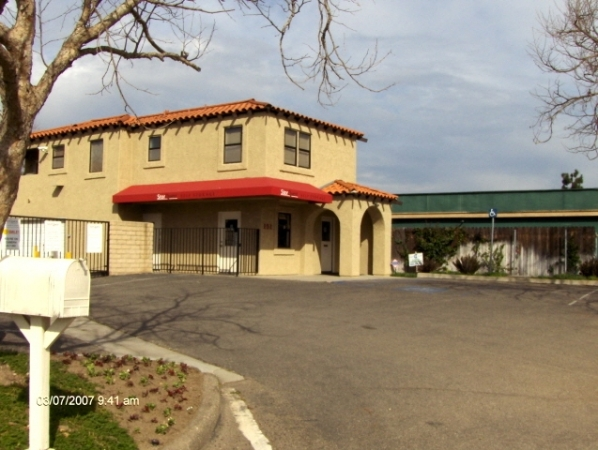 StorQuest Self Storage - Camarillo - Photo 2