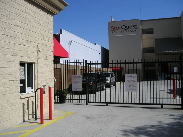 StorQuest Self Storage - Hollywood - Photo 2
