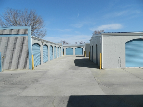 StorQuest Self Storage - Lafayette - Photo 4
