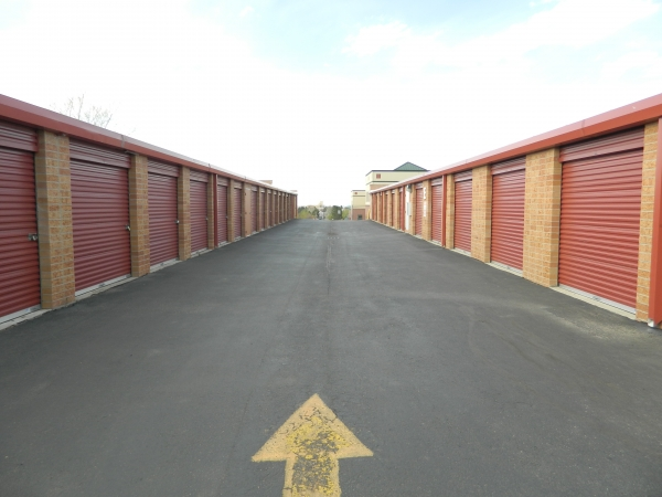 StorQuest Self Storage - Highlands Ranch - Photo 6