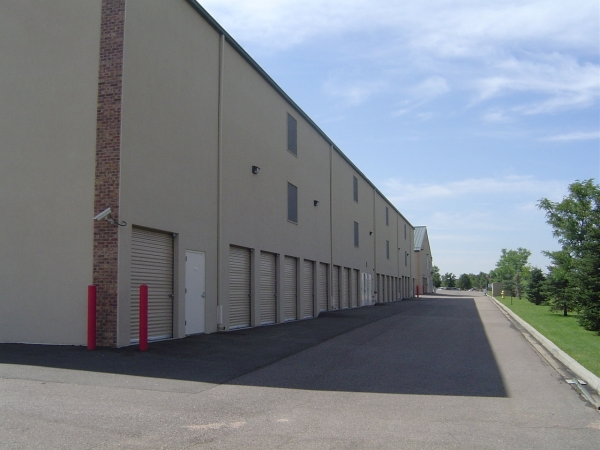 StorQuest Self Storage - Centennial - Photo 3