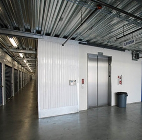 StorQuest Self Storage - Carson - Photo 3