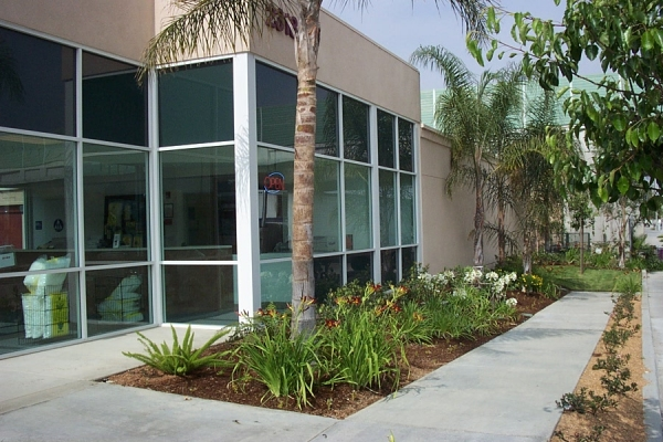 StorQuest Self Storage - Long Beach - Photo 2