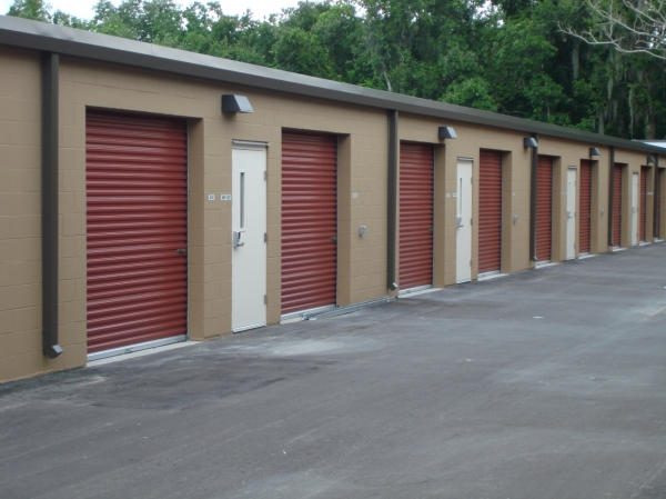 Lakeland 98 Self Storage - Photo 2
