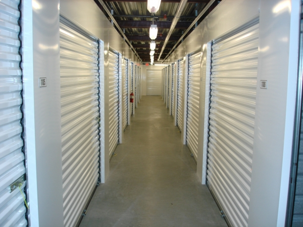 Lakeland 98 Self Storage - Photo 4