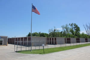 South Burbank Storage Center and Uhaul Dealer - Photo 5
