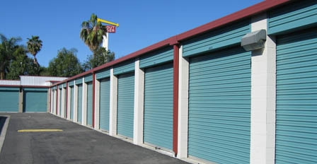 Storage Outlet - Pomona - Photo 6
