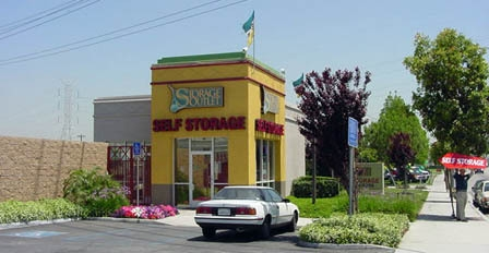 Storage Outlet - South Gate - Photo 1