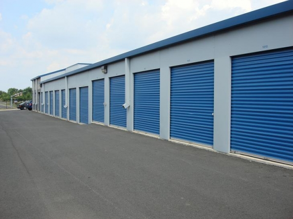 Self Storage Plus - Dulles - Photo 4