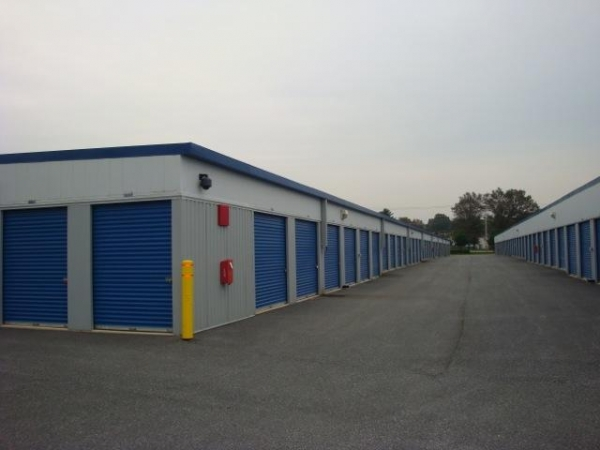 Self Storage Plus - Walkersville - Photo 4
