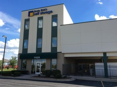 Uncle Bob's Self Storage - Orland Park - 184th Place - Photo 1
