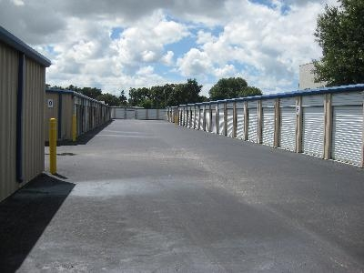 Uncle Bob's Self Storage - Bradenton - Manatee Avenue West - Photo 3