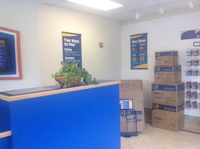Uncle Bob's Self Storage - Tampa - West Hillsborough Avenue - Photo 2
