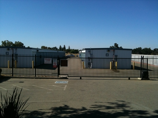 1st American Self Storage - Photo 5