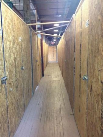 Central Storage - Photo 4