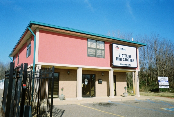 Stateline Self Storage - Photo 1