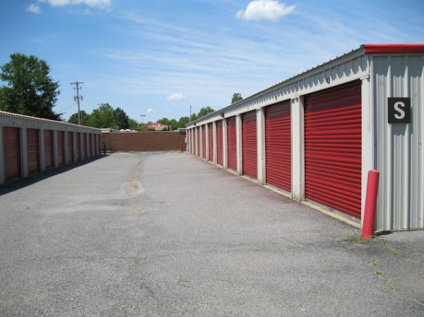 Kirby Raines Self Storage - Photo 3
