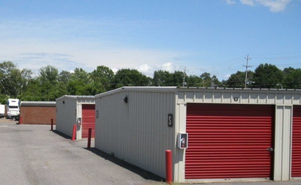 Kirby Raines Self Storage - Photo 4