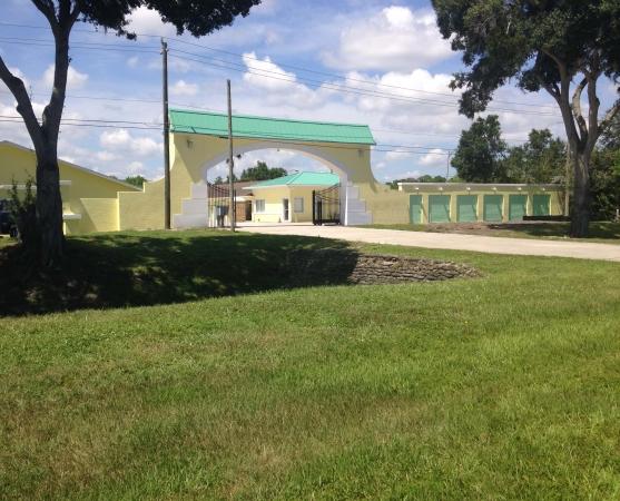 Babcock Storage & Business Park - Photo 1