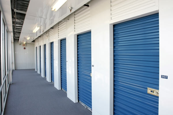 The Lock Up Storage Centers - Westwood - Photo 10