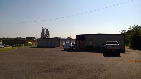 I-40 Storage Inc - Photo 6