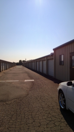 I-40 Storage Inc - Photo 9