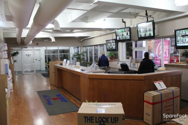The Lock Up Storage Centers - Clybourn - Photo 16