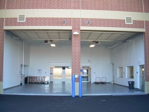 The Lock Up Storage Centers - Bloomington - Photo 6