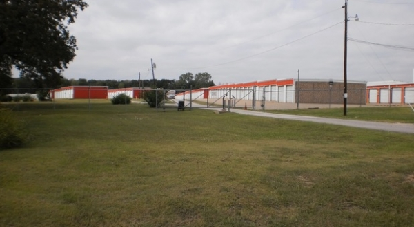 The Storage Place - Seagoville - Photo 2