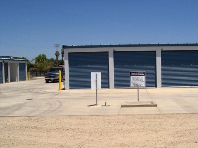Shafter Self Storage - Photo 3