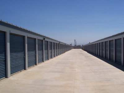 Shafter Self Storage - Photo 9