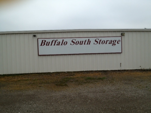 Buffalo South Storage - Photo 2