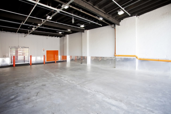 Storage Deluxe - 1050 Atlantic Ave - Photo 2