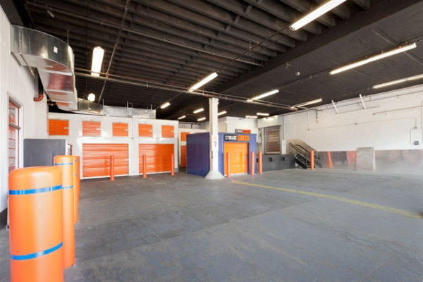 Storage Deluxe - 1050 Atlantic Ave - Photo 3