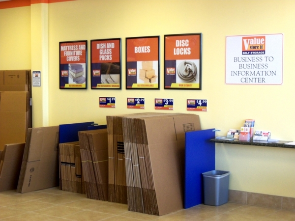 Value Store It Self Storage Fort Lauderdale - Photo 5
