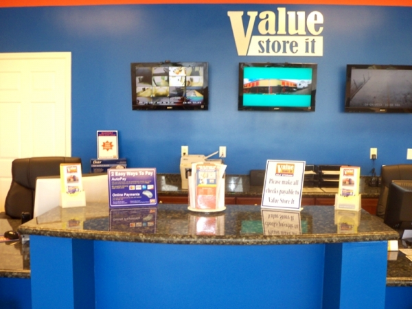 Value Store It Self Storage Fort Lauderdale - Photo 8