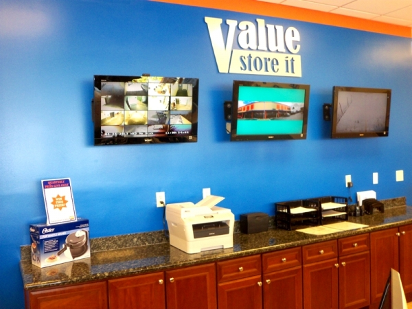 Value Store It Self Storage Fort Lauderdale - Photo 9