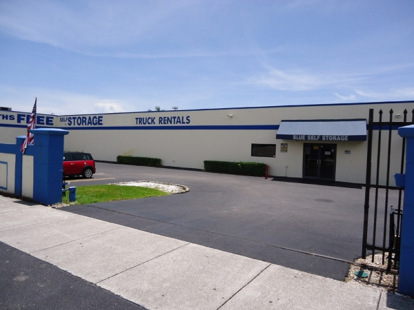 Blue Self Storage - Photo 3
