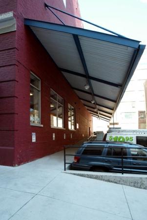 The Lock Up Storage Centers - Kinzie - Photo 2